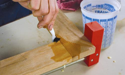 cara menghilangkan bekas lem kayu