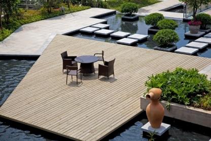 keindahan lantai decking kayu