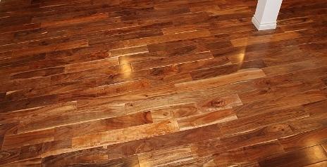 pengeleman lantai kayu