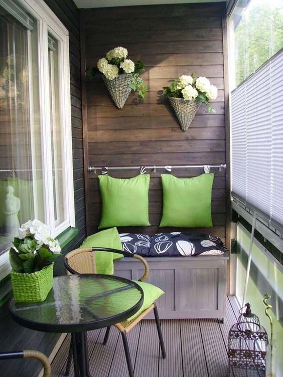 lem-kayu-yang-bagus-untuk-balkon