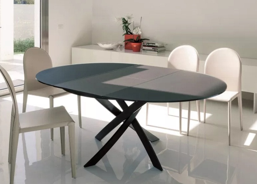 meja makan minimalis bundar