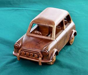 mobil-kayu-miniatur